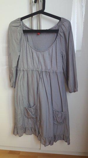 Lockeres Kleid mit 3/4 Ärmel