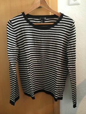 lockeres schwarz-creme gestreiftes Shirt von H&M
