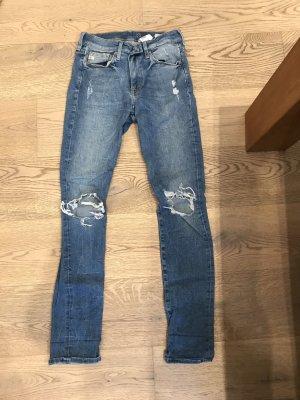 Löcher Jeans Größe 28/30 von h u m