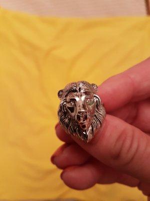 Löwenkopf Ring , massiv (versilbert)
