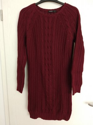 Long-Pulli / Strickkleid in Dunkelrot