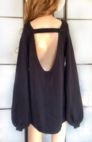 Long Pullover mit Cut Out