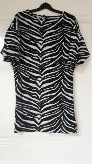 Long-Shirt mit Animal-Print in Größe S