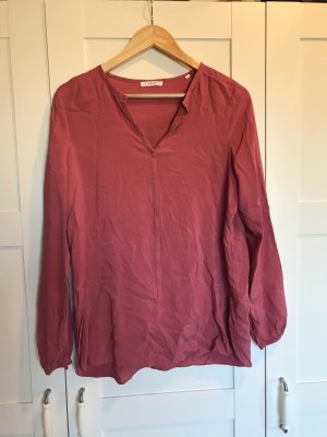 Longbluse in Himbeerrot