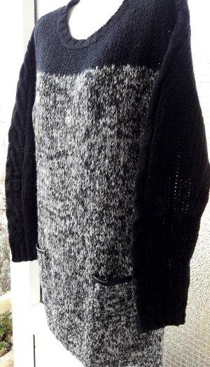 Longpullover schwarz/weiß meliert