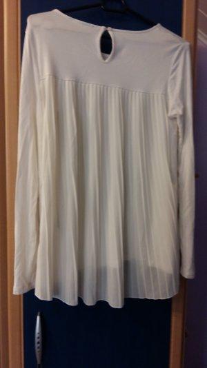 Longshirt flatender Rücken