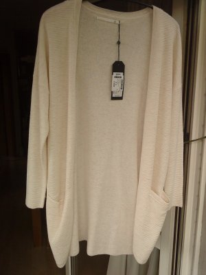 Longstrickjacke in nude von Only in XS