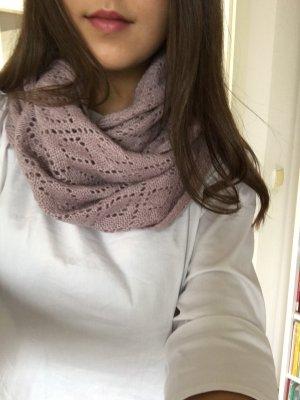 Loop Schlauch Schal in altrosa und Strickmuster von Blind Date