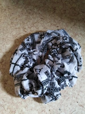 Bufanda tubo blanco-negro