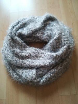 Écharpe en tricot gris clair-gris