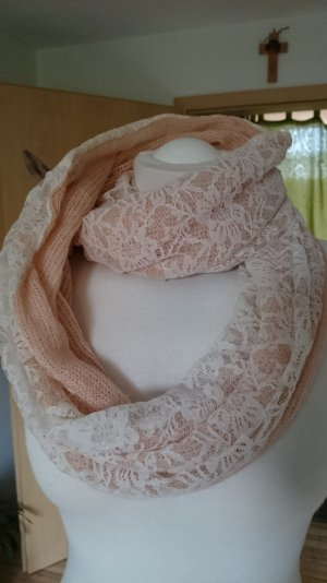 Loopschal in apricot mit Spitze in creme
