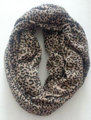 Loopschal Leopardmuster