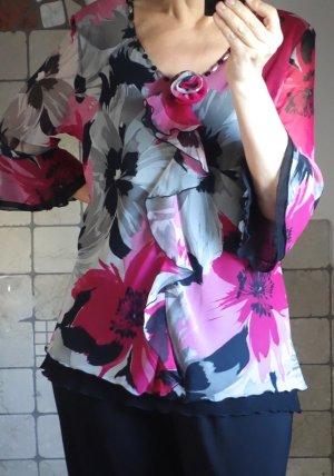 Lorea, elegante Bluse, Volant, floral gemustert, V-Auschnitt mit Pailetten und Rose, tailliert, schräg geschnitten, dehnbar, Trompetenärmel, welliger Saum, wunderschön und elegant, edel, hochwertige Boutiquenware, Theater, 100% Polyester, 2-lagig, Schulte
