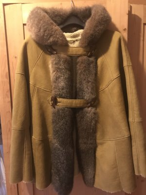 Pelt Coat sand brown