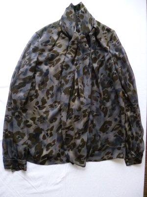 Loro Piana, Seidenbluse Camouflage, Gr. 38 (It. 44), neu, € 1.500, -