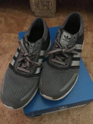 Los Angeles Adidas Schuhe