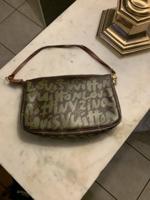 Louis Vuitton Clutch black brown