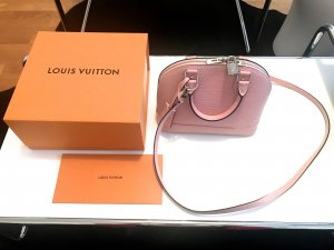 Louis Vuitton Alma BB rose ballerina