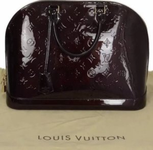 Louis Vuitton Bolso barrel burdeos
