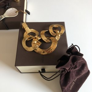 {{ Louis Vuitton Armband }}