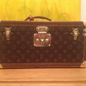 Louis Vuitton Trousse à maquillage brun-brun sable