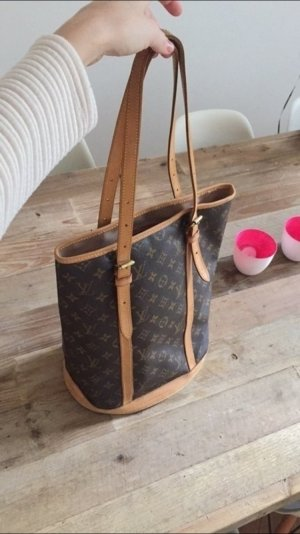 Louis Vuitton Bucket Bag GM Monogram