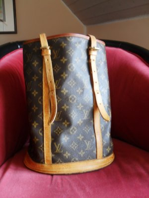 Louis Vuitton Bucket Canvas Monogram