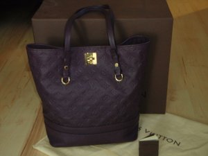 Louis Vuitton Carry Bag brown violet-gold-colored leather