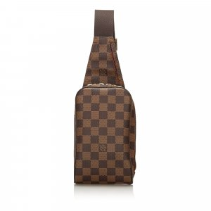 Louis Vuitton Buiktas bruin