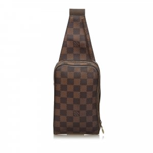 Louis Vuitton Riñonera marrón