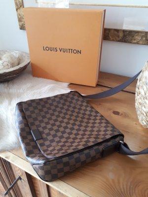 Louis Vuitton District MM Damier Ebene