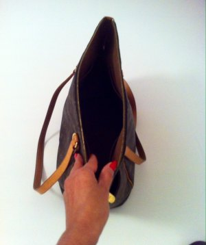 Louis Vuitton edle und zeitlose Tasche.mittelgross