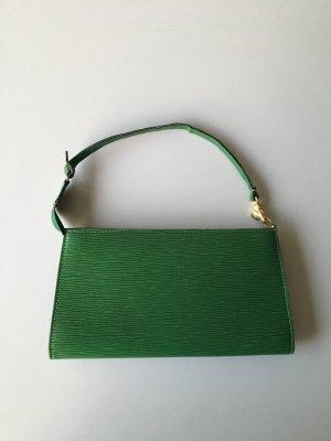 Louis Vuitton Epi Pochette / Epi Leder Tasche in grün