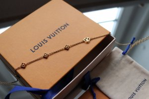 Louis Vuitton Necklace multicolored