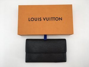 Louis Vuitton Geldbörse International EPI noir