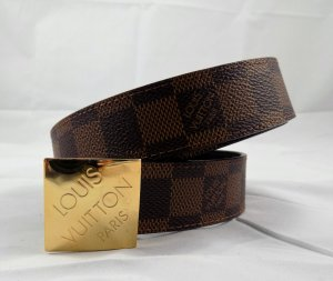 Louis Vuitton Gürtel Damier Größe 80