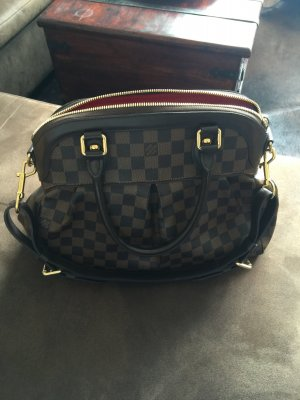 Louis Vuitton Handbag brown