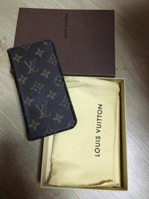 Étuis pour téléphone portable de Louis Vuitton à bas prix   Seconde ... 5fa8c56c35a