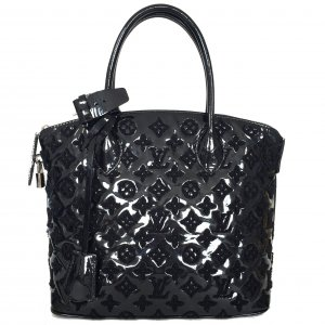 LOUIS VUITTON LOCK IT MM AUS MONOGRAM BOUCLET LACKLEDER IN SCHWARZ