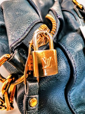 Louis Vuitton lumineuse blau
