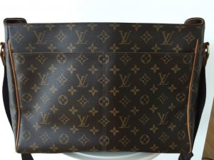 Louis Vuitton Messenger Bag Monogram Canvas
