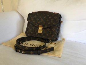 Louis Vuitton Metis Monogram Crossbody Bandouliere Pochette Tasche