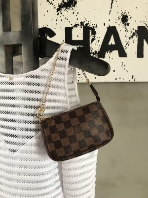 Louis Vuitton Mini Pochette @taschenpracht.de
