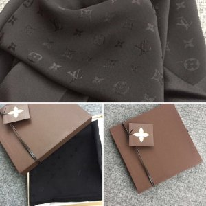Louis Vuitton Neckerchief black silk
