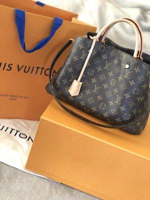Louis Vuitton - Montaigne MM