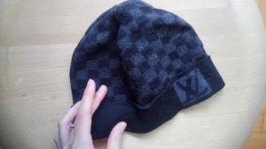 Louis Vuitton Cap black-grey cotton