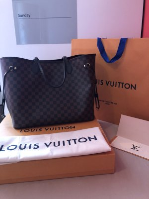 Louis Vuitton Neverfull in Damier Ebene