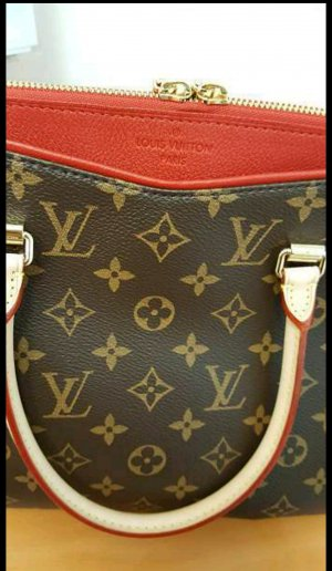 Louis Vuitton Pallas cherry