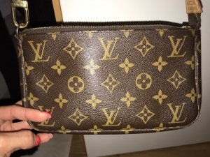 Louis vuitton pocette