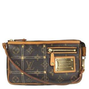 Louis Vuitton Pochette Accessoires Monogram Riveting Canvas Tasche Handtasche